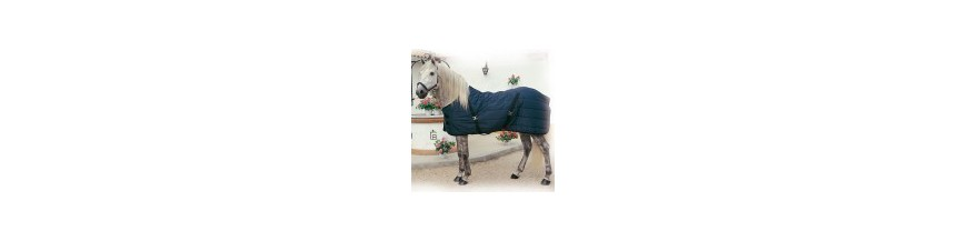 Artículos de cuadra para caballos. Cabezadas cuadra, ramales y mantas